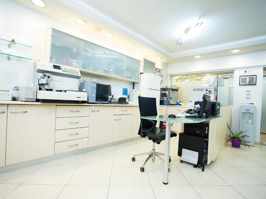 Ανακαίνιση οδοντιατρείου στη Θεσσαλονίκη
